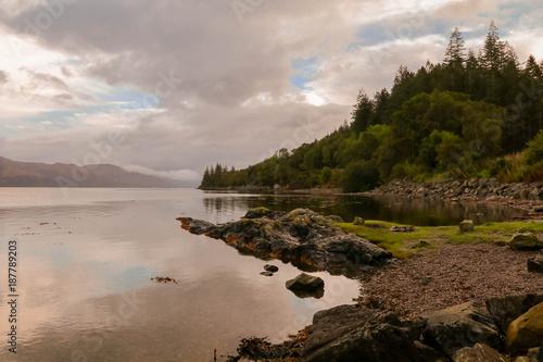 Poster Donkergrijs Scotland lake