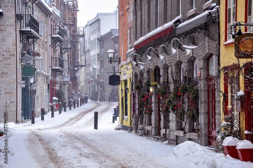 Aluminium Smalle straatjes Old Quebec city in winter