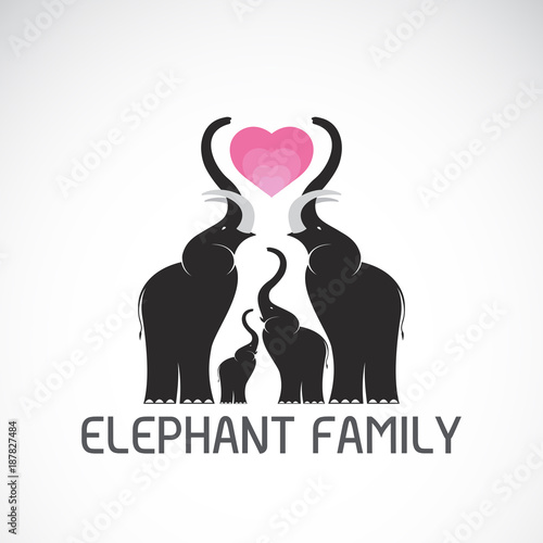 Aluminium Zoo Vector of family elephants and pink heart on white background, Wild Animals, Easy editable layered vector illustration.
