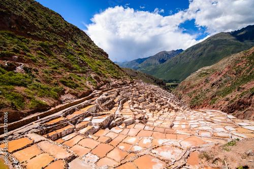 Foto Murales Maras salt ponds in Peru, South America