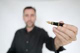 stylo plume noir - 187889614