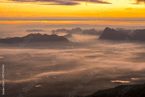 Foto op Plexiglas Cappuccino Sunrise And Mist On Mountain, Phu Kradueng National Park, Loei Province, thailand