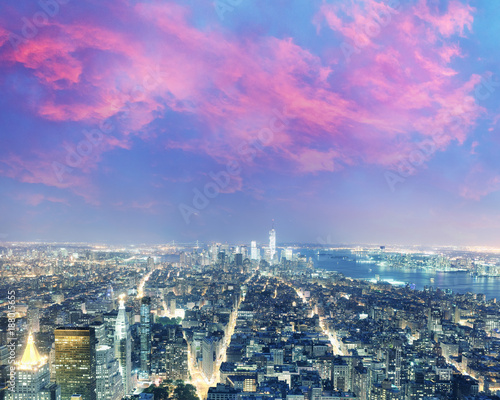 Foto op Plexiglas New York Amazing night aerial skyline of Manhattan, New York City - USA