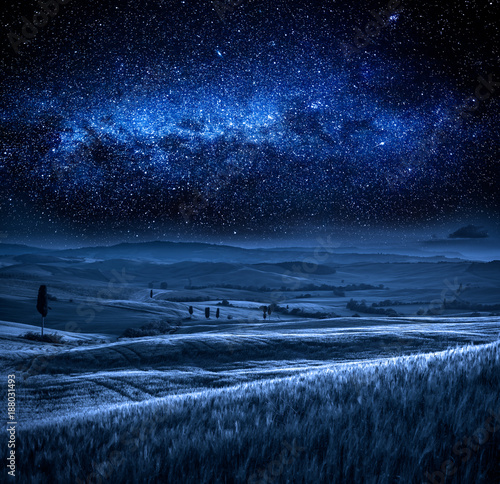 Deurstickers Toscane Field in Tuscany at night with milky way, Tuscany, Italy
