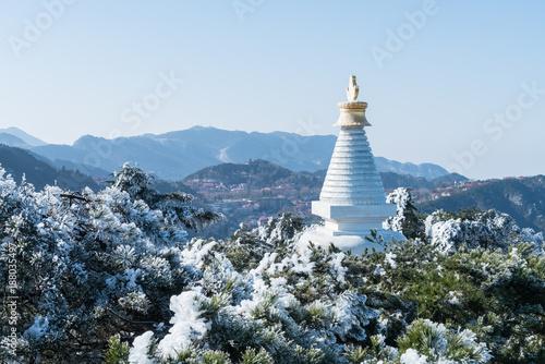 Aluminium Blauwe hemel white pagoda in mount lushan