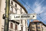 Schild 242 - Last Minute