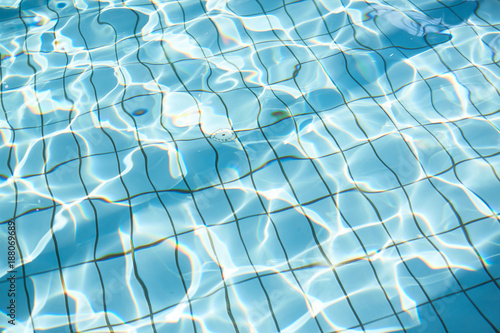 Foto Murales Pure transparent water of swimming-pool in contemporary sport club