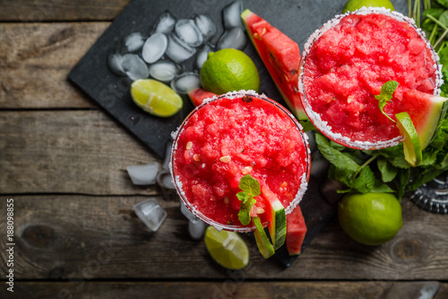 Watermelon margaritas with lime and mint