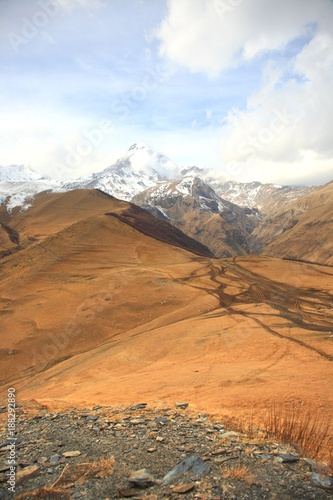 Foto Murales Mount Kazbek is one of the major mountains of the Caucasus located on Kazbegi District in  Georgia