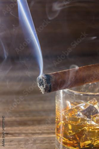whiskey and cigar - 188297845