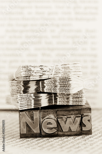 news in lead letters - 188298051