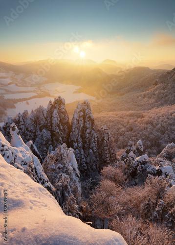 Papiers peints Cappuccino Slovakia mountain, Winter landscape at sunset, Sulovske skaly