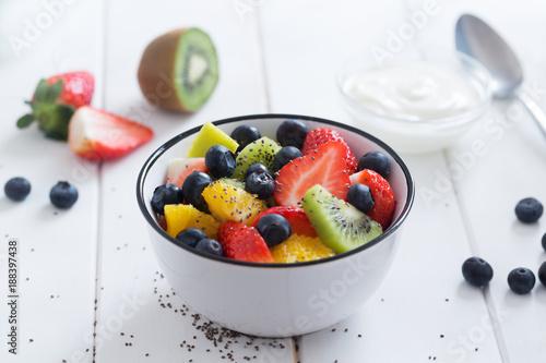 Foto Murales Fresh organic fruit salad with chia seeds
