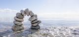 Steinbogen im Wasser