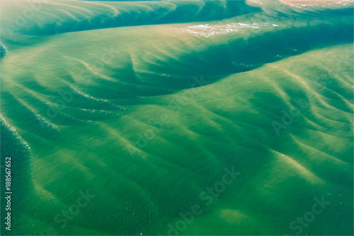Foto Murales vue aérienne de bancs de sable sous-marins au Banc d'Arguin près d'Arcachon en France