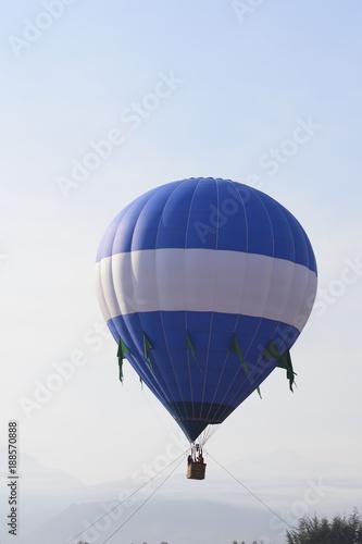 Azul volando - 188570888