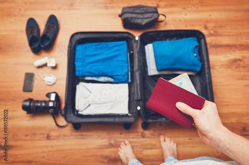 Foto Murales Preparing for the trip