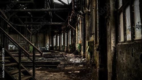 Deurstickers Oude verlaten gebouwen alter Lockschuppen