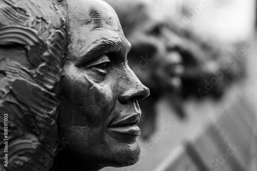 Statues of Heroes - 188597003