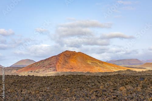 Keuken foto achterwand Canarische Eilanden volcano in timanfaya national park, Lanzarote