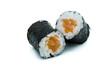 Maki Sushi Hoso maki-sushi isoliert freigestellt auf weißen Hintergrund, Freisteller