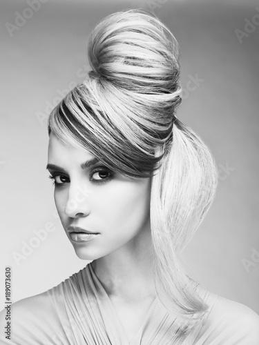 Staande foto womenART Sexy blonde