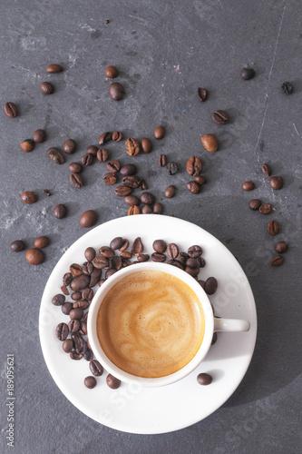 widok-z-gory-kubek-kawy