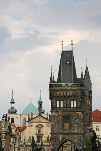 Foto Murales Towers of the old town in Prague,view from the Charles bridge