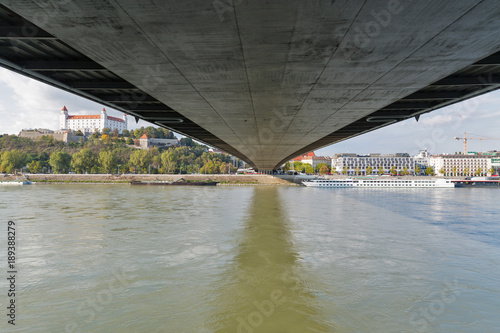 Foto op Canvas UFO View of medieval castle from under the bridge. Bratislava, Slovakia.