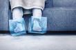canvas print picture - Eiskalte Füße