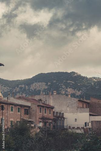 Fotobehang Bleke violet Valldemossa Mallorca