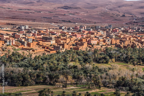 Staande foto Zalm Panoramic view of Tinghir city, Morocco