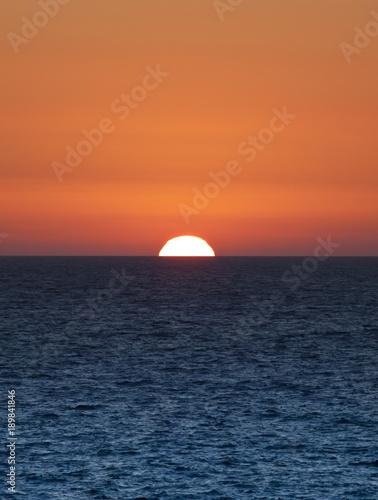 Foto op Aluminium Oranje eclat Golden Sunset
