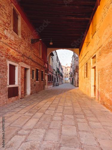Fotobehang Smalle straatjes Venice city houses