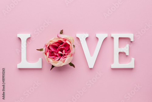 valentines-day-concept-with-love-letters-on-pink-background