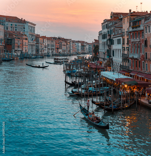 Foto op Canvas Venetie Rialto Bridge, Venice, Veneto, Italy. Sunset