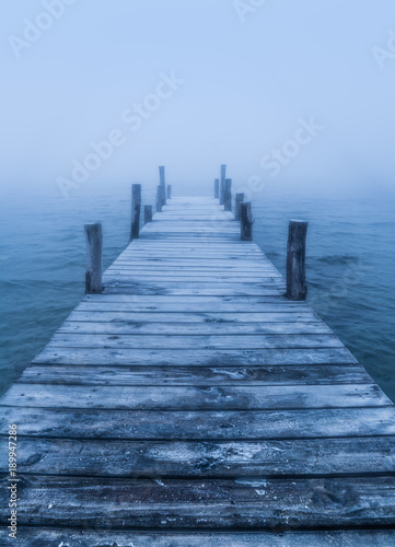 Fotobehang Pier The way to the infinity