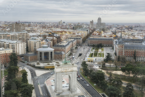 Foto op Canvas Madrid Aerial view of the Madrid centre city, Memory Arch on the Moncloa Square. Spain.