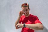 Smartwatch fitness a...