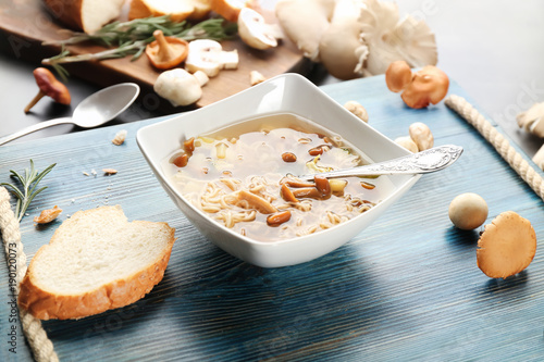 Aluminium Kruiden 2 Bowl with delicious mushroom soup on wooden tray