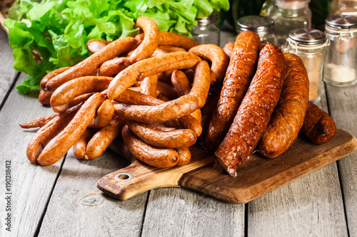 Assorted smoked sausages - 190218412