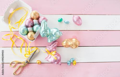 canvas print picture Bunte Osterhasen und Eier