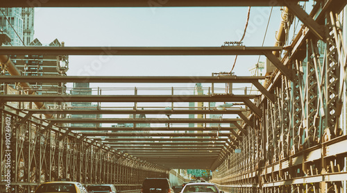 Foto op Aluminium New York TAXI Cars crossing Brookly Bridge in New York. View from car interior