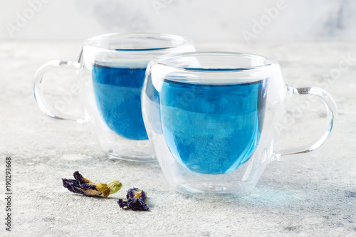 Fotobehang Vlinder Butterfly pea flower blue tea. Healthy detox herbal drink