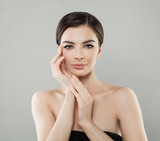 Spa Female Face. Woman with Healthy Skin and Manicured Hands, Beauty Portrait - 190339454