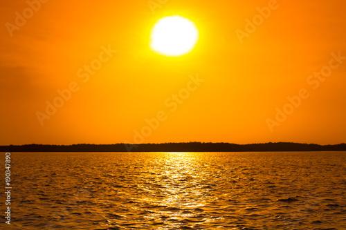 Papiers peints Miel coucher de soleil