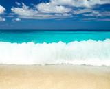 sand sea sky - 190375835