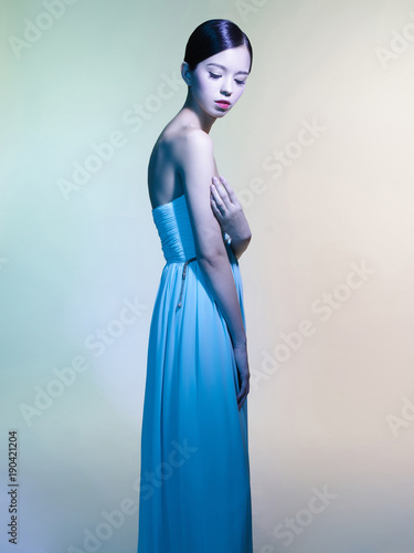 Fotobehang womenART Beautiful asian woman