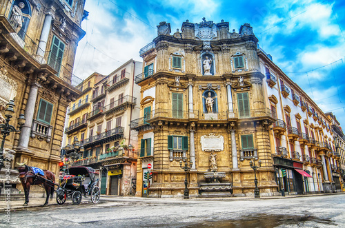 Foto op Plexiglas Palermo Quattro Canti, Piazza Vigliena, a Baroque square in Palermo, Sicily, Italy