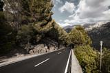 Straße in die Berge - 190505638